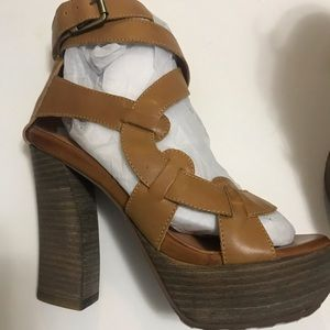 Leather platform heels size 6